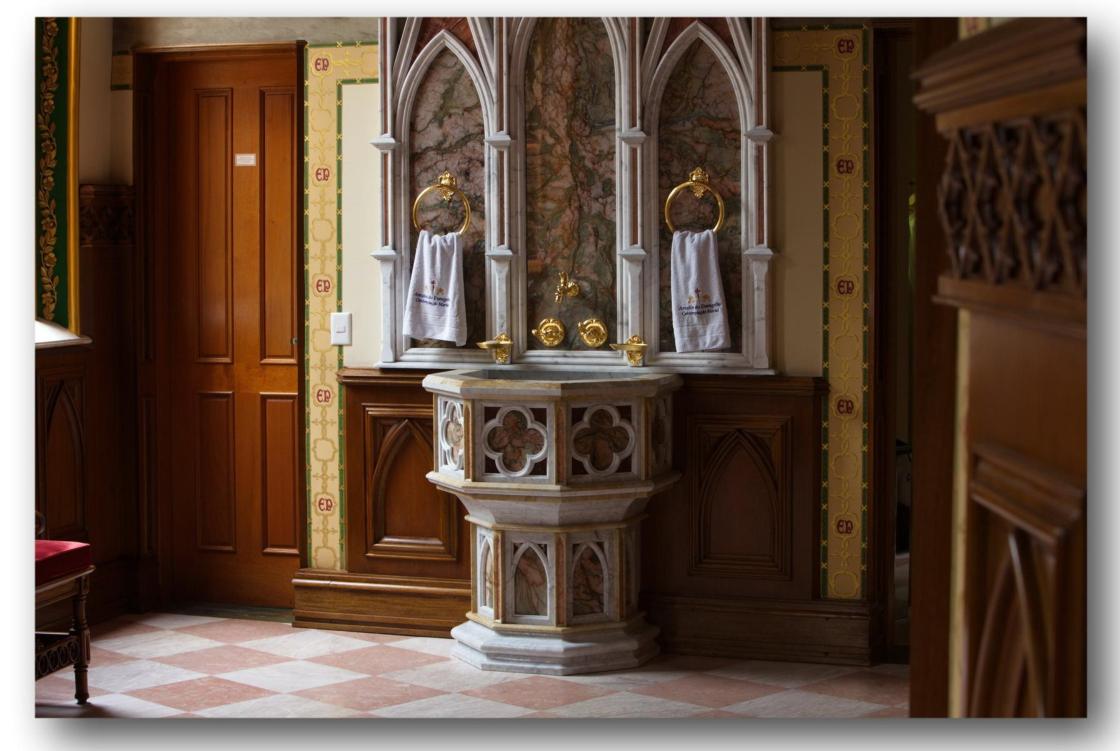 chiesa-del-centro-mariano-degli-araldi-del-vangelo-10